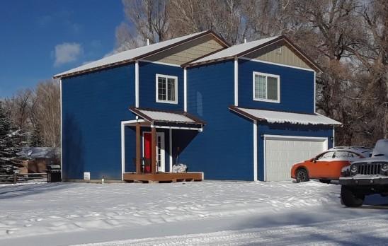 blue house S 1218