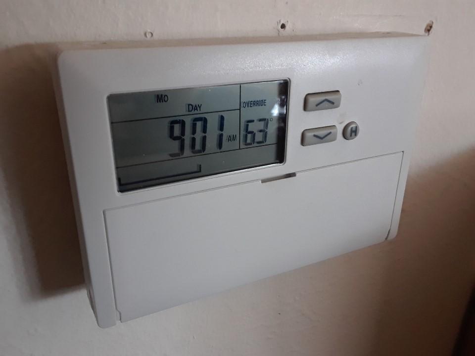 thermostat 1218