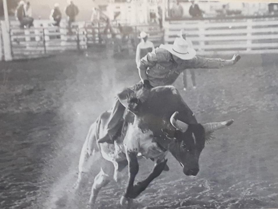 bullrider 0719
