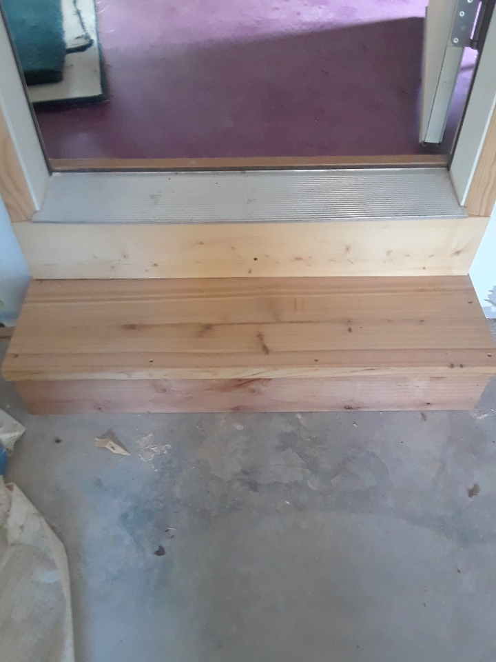 garage step 0819