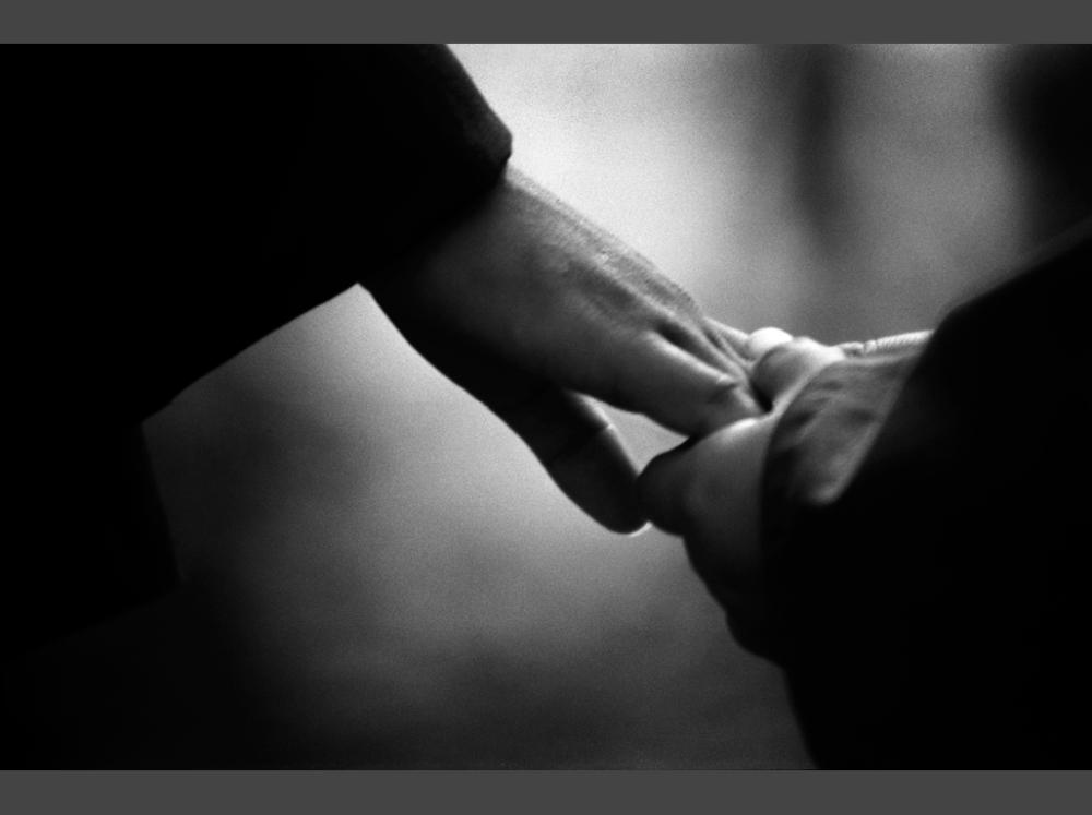 hands 1119